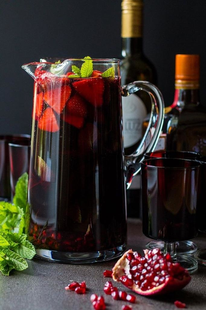 Вино и сангрия