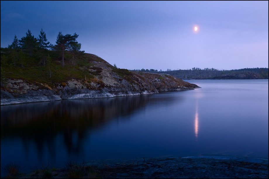 Ладожское озеро ночью.