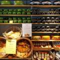 Что привезти из Амстердама и Голландии в подарок - идеи, интересные варианты и рекомендации