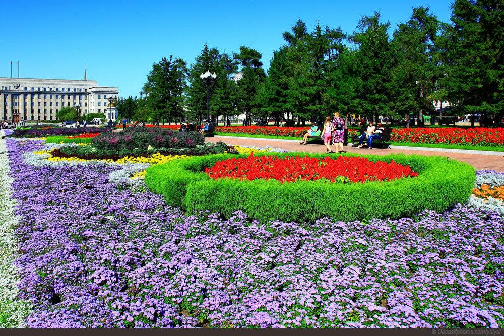 площадь Независимости в Иркутске