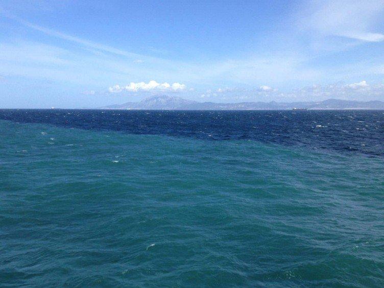Место соединения вод моря и океана