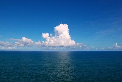 Почему вода в море соленая? Откуда берется соль?