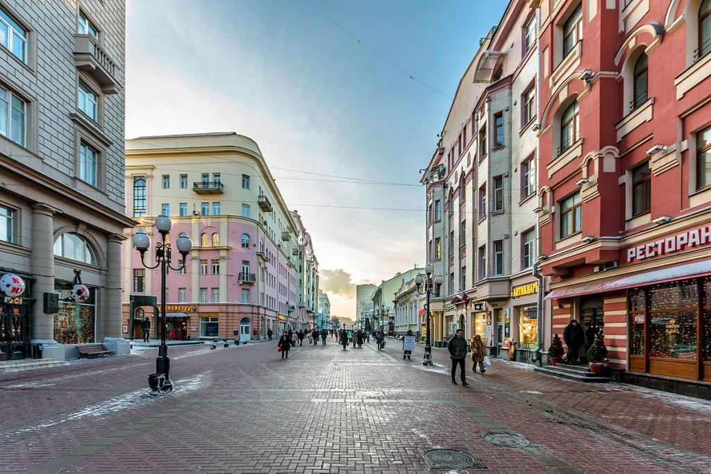 Что показать иностранцу в Москве летом