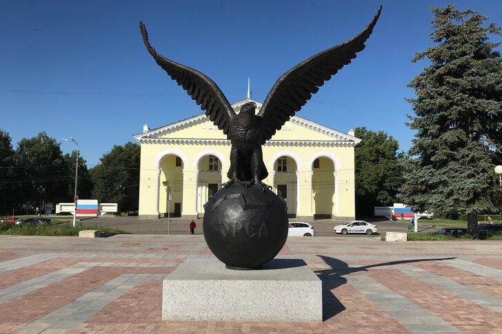 Скульптура «Орел-Юбиляр»