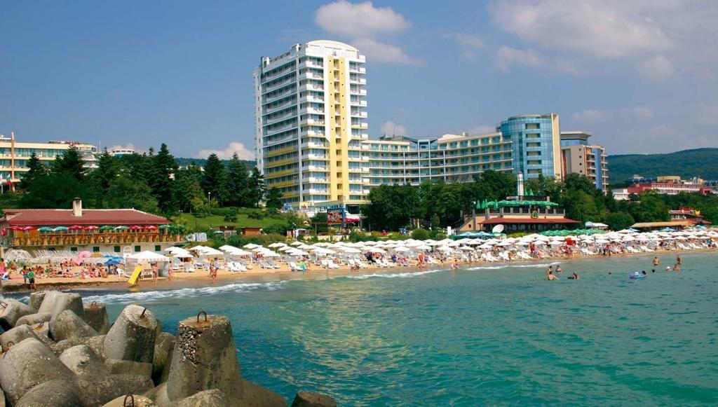 Варна или Бургас