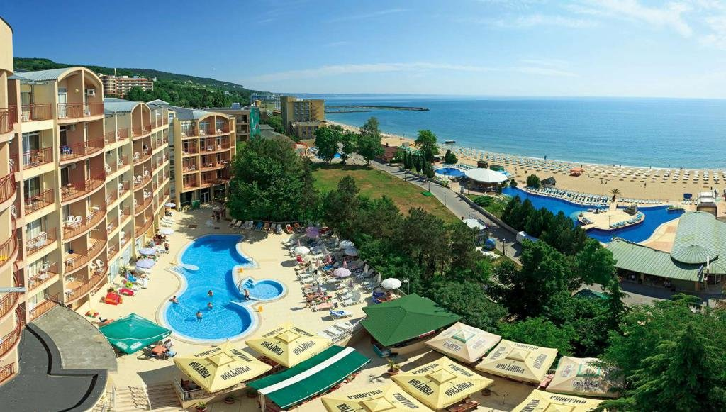 Варна или Бургас: где лучше жить и отдыхать?