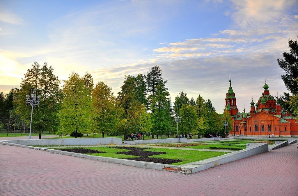 Алое поле, храм Александра Невского