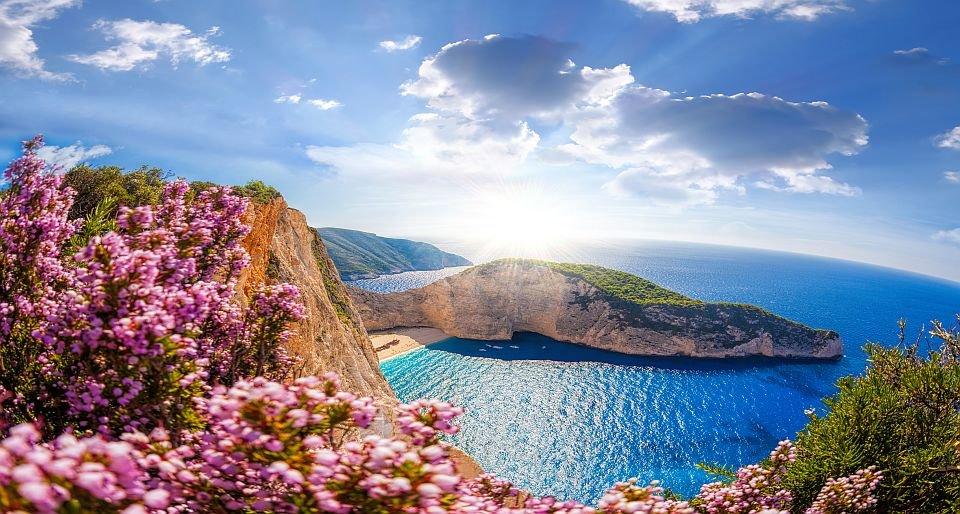 Куда поехать в Грецию в первый раз