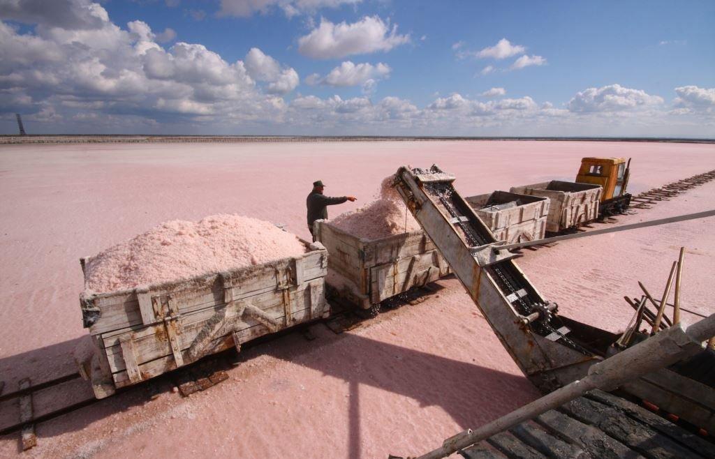 Крымская розовая соль для ванн