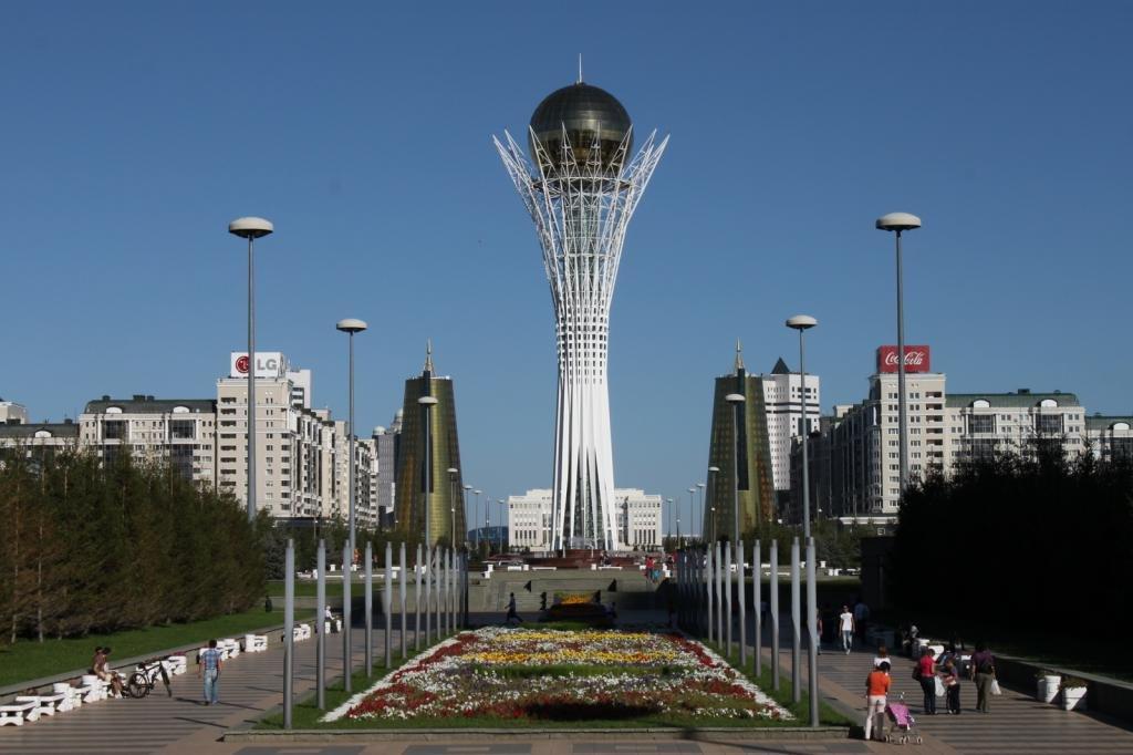 Монументальное сооружение Байтерек