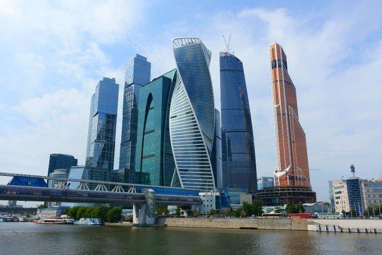 Вид на Москва-Сити с противоположной стороны