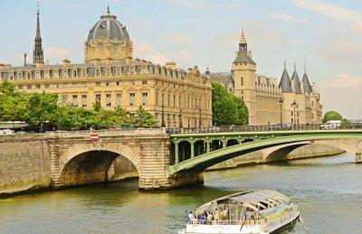 Что посмотреть во Франции: путешествие по стране, города исторические места, достопримечательности, замки, музеи, интересные факты, советы и рекомендации туристов