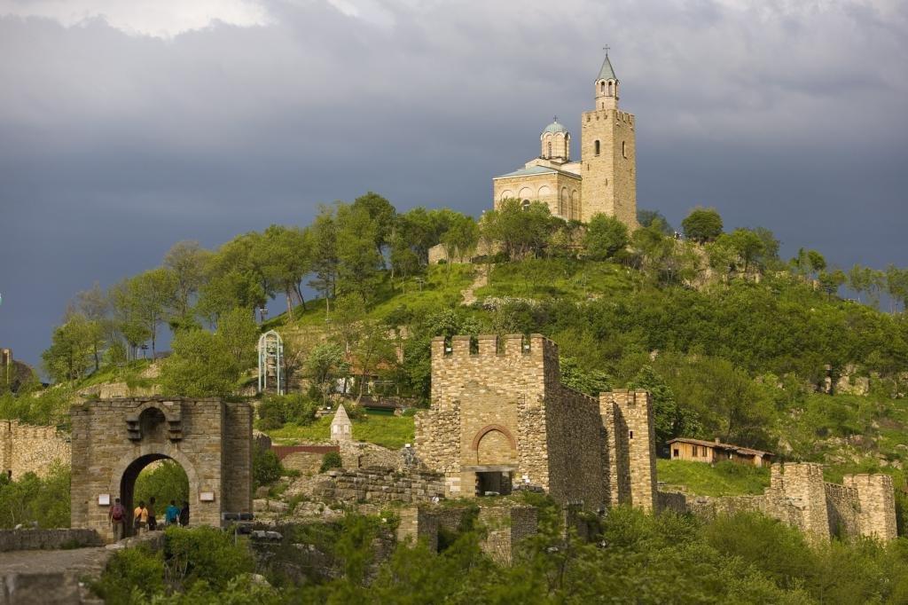 Замок Царевец