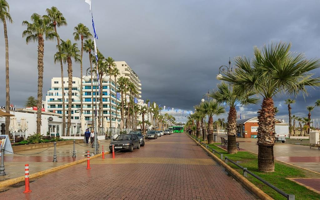 Курорт Ларнака, Кипр