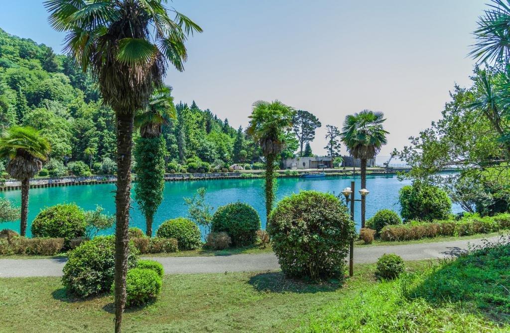 Пицунда, город-курорт в Абхазии