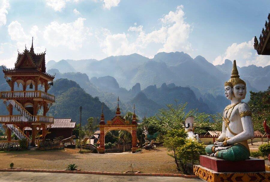 Лаос вид на горы