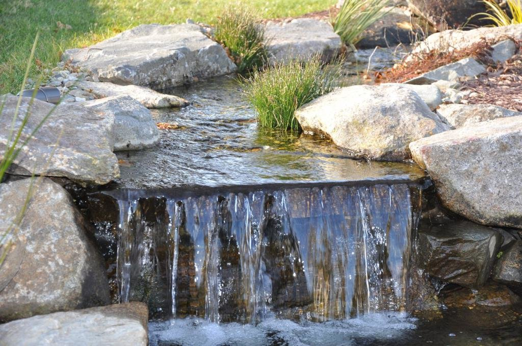 Вода как украшение сада