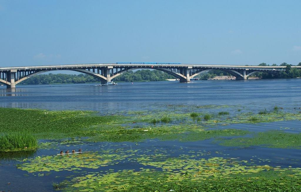 Мост не реке Днепр