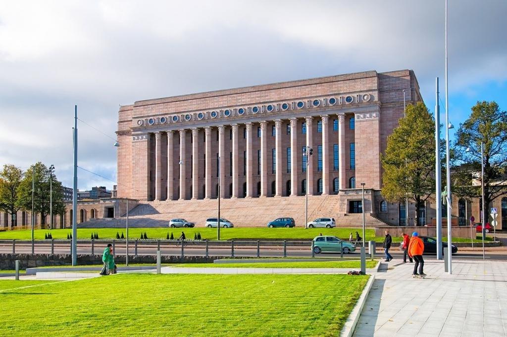 Здание финского парламента