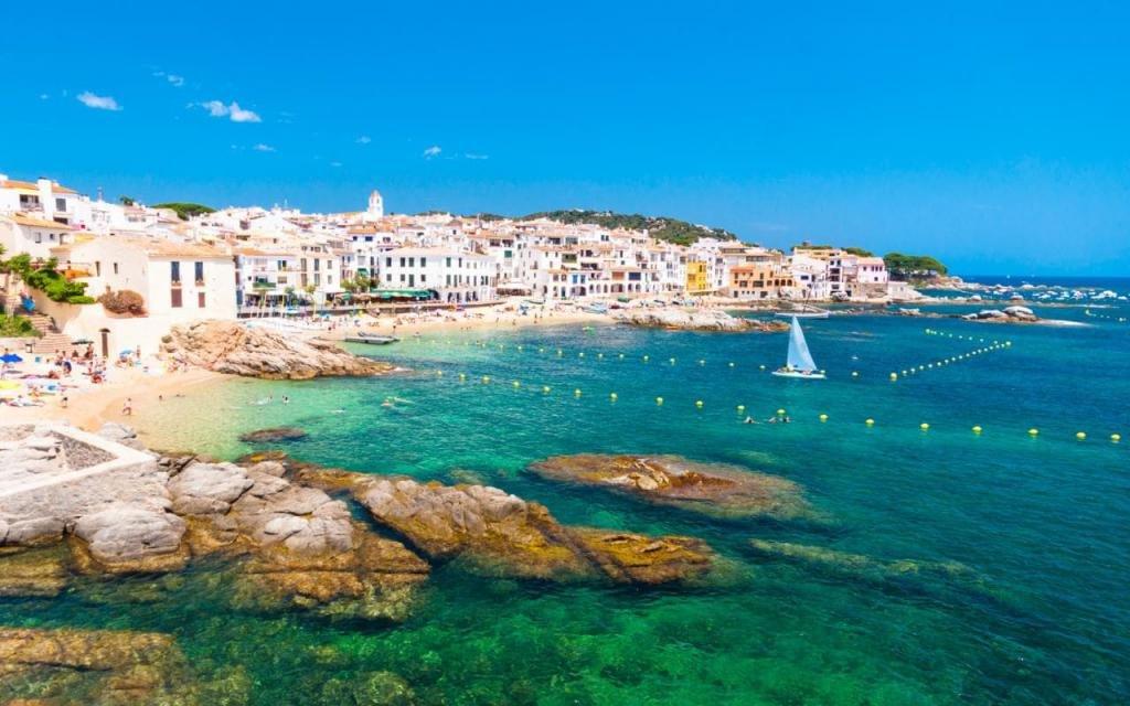 Где в Испании лучше отдохнуть