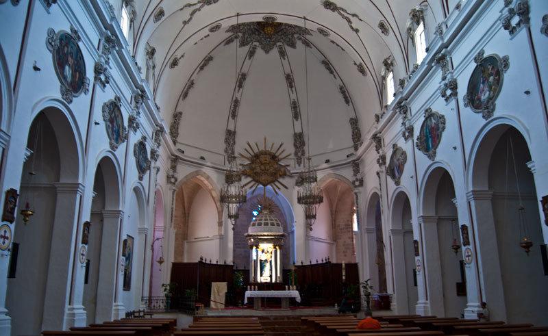 Кафедральный собор Девы Марии Снежной