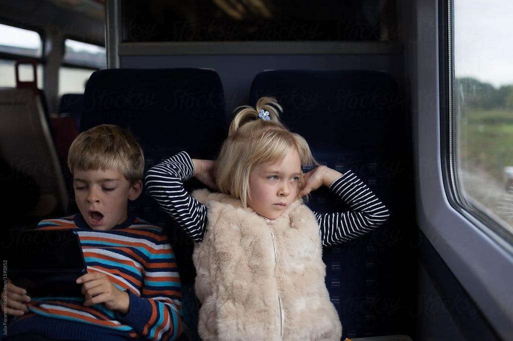 в поезде развлечения