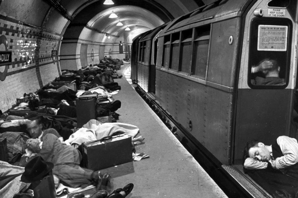 лондонское метро во время войны