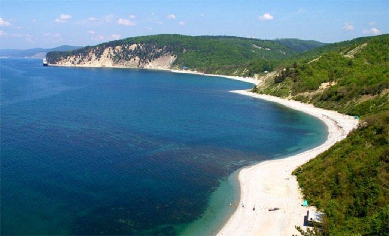 где находится бухта инал на черном море