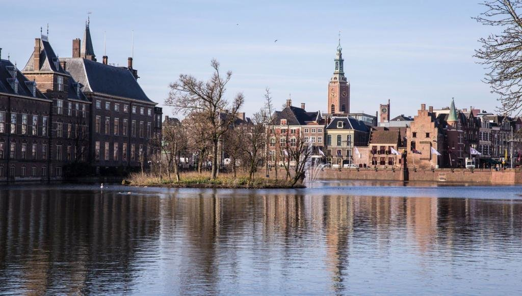 старые здания Гааги
