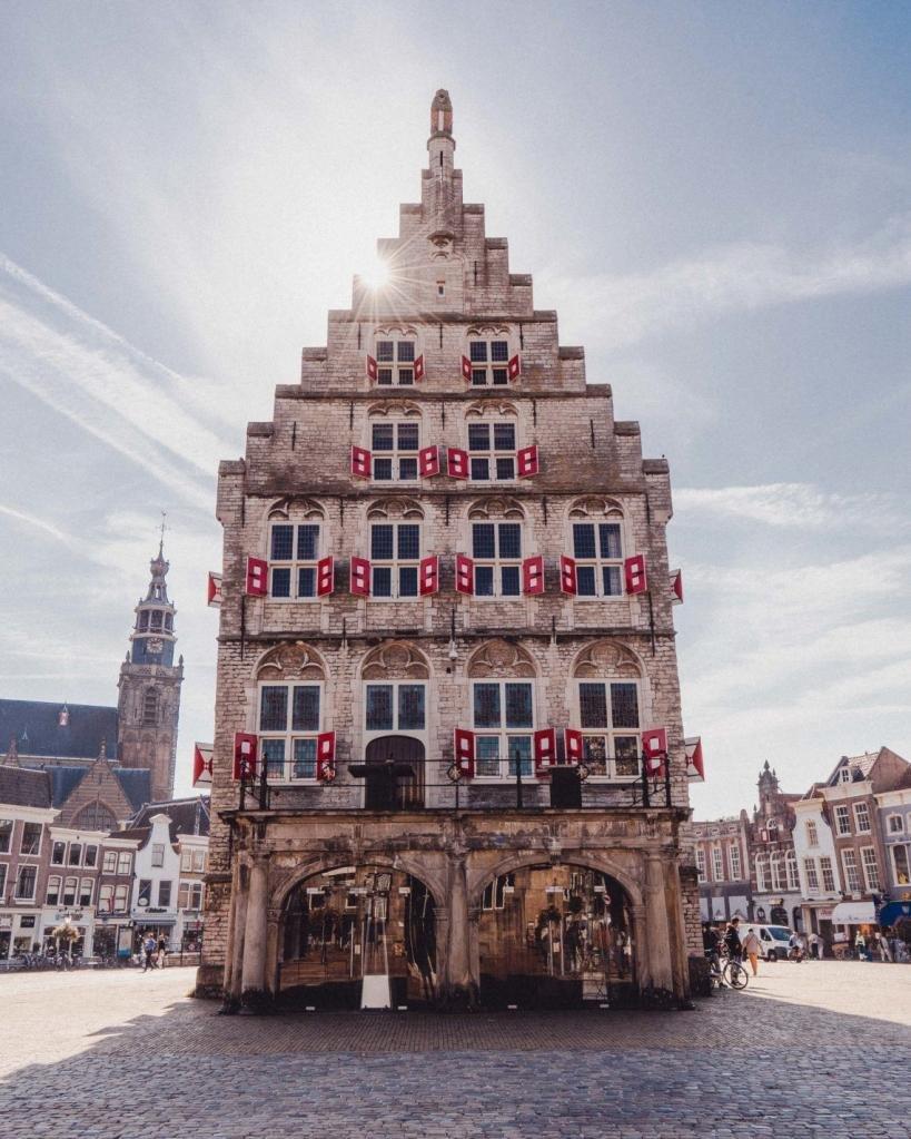 старинный дом в Гааге
