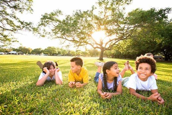 куда можно отправить ребенка отдыхать летом