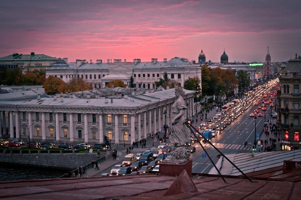 Вид с одной из крыш Санкт-Петербурга