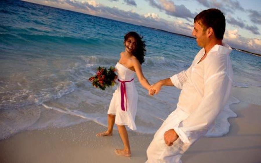 Куда поехать в августе в медовый месяц?