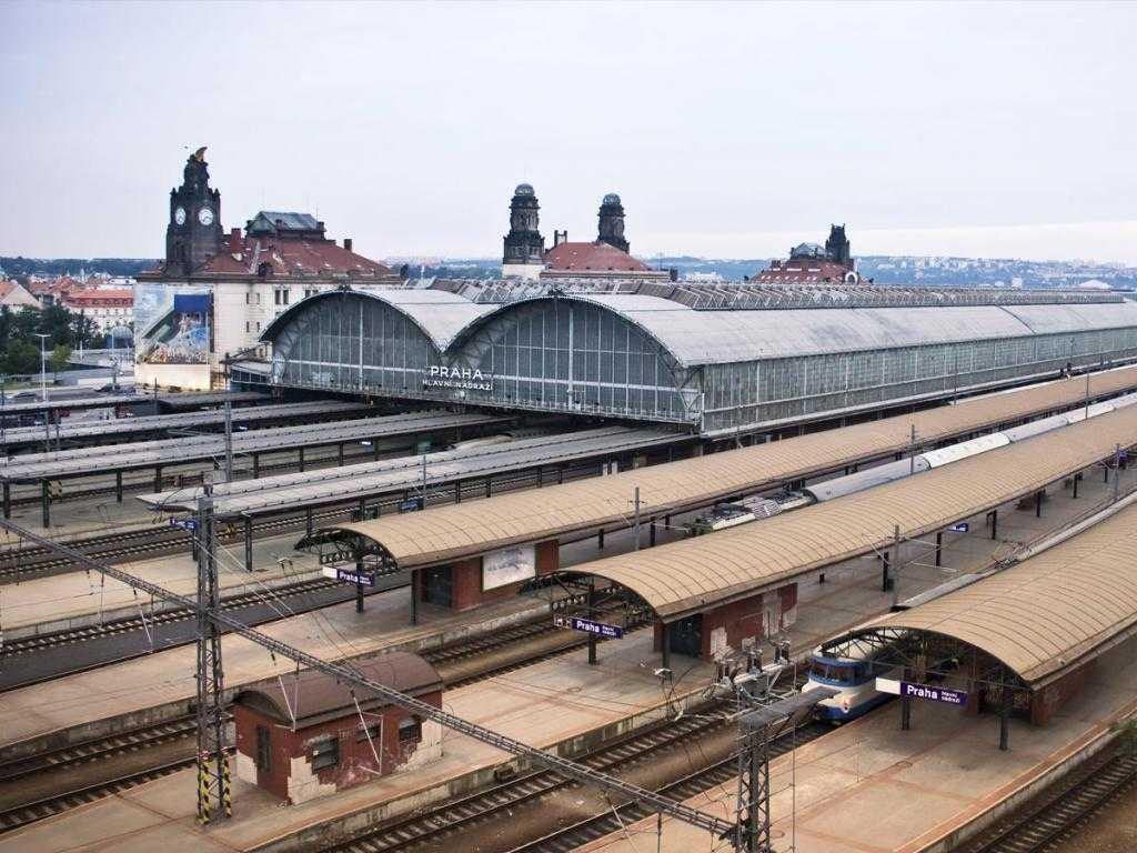 Главный вокзал Праги: адрес, описание. Поездка в Прагу на поезде