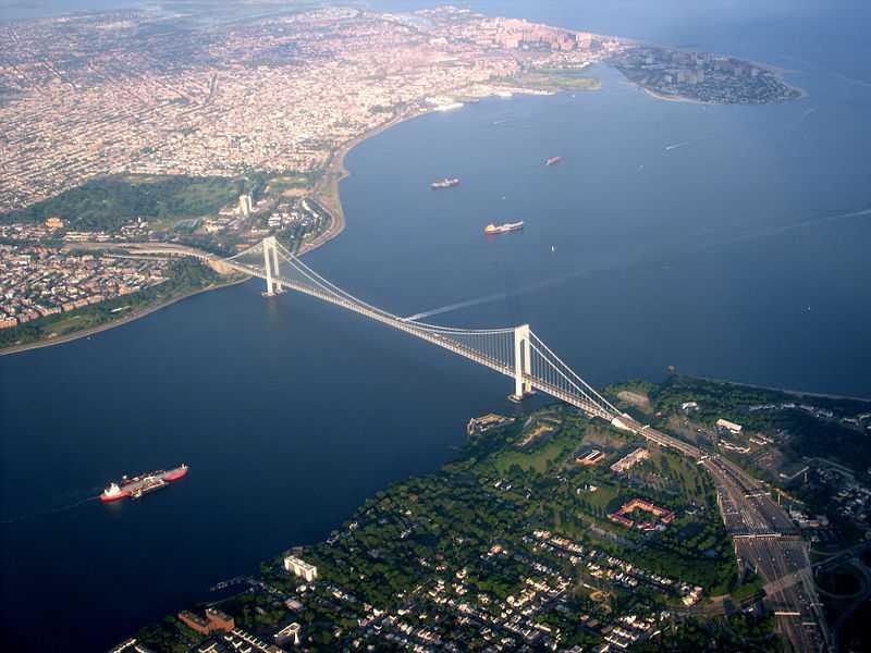 Величественный мост Верразано – уникальная достопримечательность Нью-Йорка
