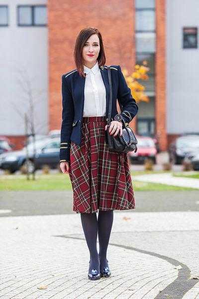 Что носить с юбкой в клетку зимой, весной, летом и осенью? С чем носить юбку в клетку длинную или короткую?