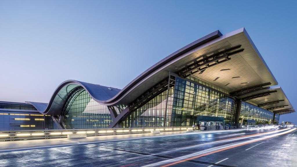 Пересадка в Дохе: чем заняться? Международный аэропорт Доха